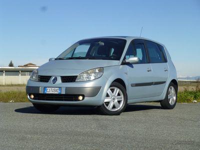 usata Renault Scénic vettura come nuova