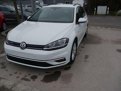 usata VW Golf Variant Vii 1.5 Tsi Act Bluemotion Comfortline * Acc * App-connect-navi * Winterpaket * Pdc