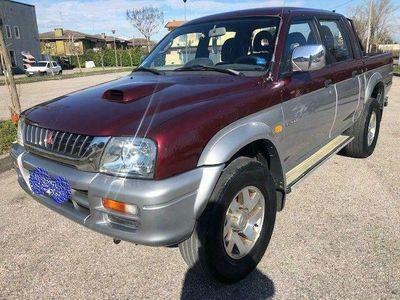 usata Mitsubishi L200 L2002.5 DI-D DC Intense pick-up