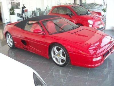 usata Ferrari F355 Spider manuale in straordinarie condizioni