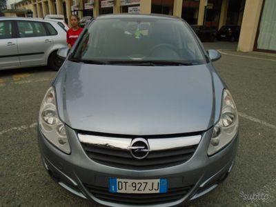 używany Opel Corsa 3ª 2009 1.4 GPL CON TESTATA DA RIFARE