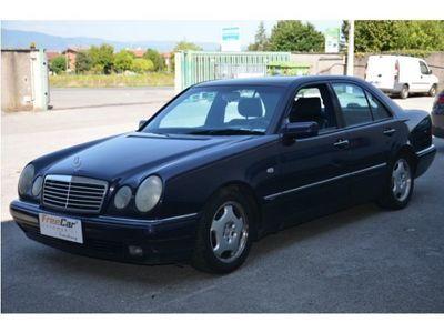 usata Mercedes E200 Classe E (W/S210)cat Avantgarde