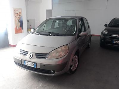 usata Renault Scénic 1.6 16V Luxe Dynamique