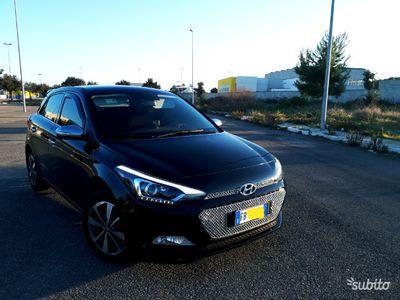 usado Hyundai i20 leggi perm/scambi top