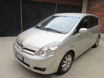 usata Toyota Corolla Verso 2.2 16V D-4D Sol solo per commercianti