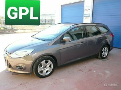 usata Ford Focus 1.6 120 CV SW GPL KM 142.000 11/2014