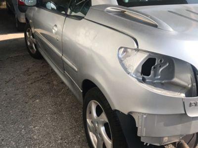 usado Peugeot 206 CC cabrio benzina