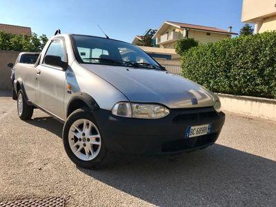 usata Fiat Strada 1.7 td