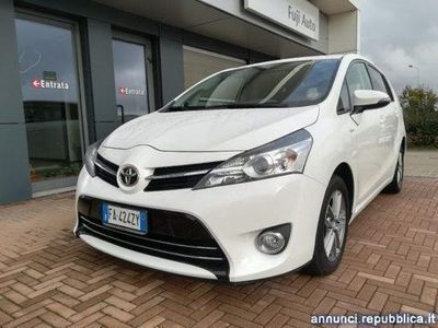 używany Toyota Avensis Verso 1.6 D-4D Active Cuneo