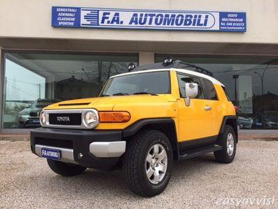 usata Toyota FJ Cruiser benzina/gpl