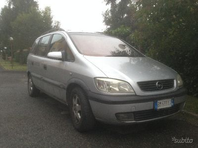 usado Opel Zafira - 1.6 Benzina - Full Optional