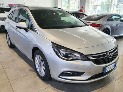 usata Opel Astra 1.6 CDTi automatica Sports Tourer Business, KM0!!!