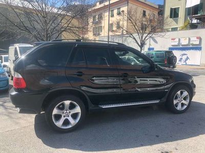 usata BMW X5 3.0d cat. full optional. tagliandi