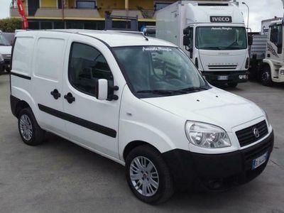 usata Fiat Doblò 1.9 MULTIJET 105CV CLIMA/PORTA LAT. KM CERTIFICATI