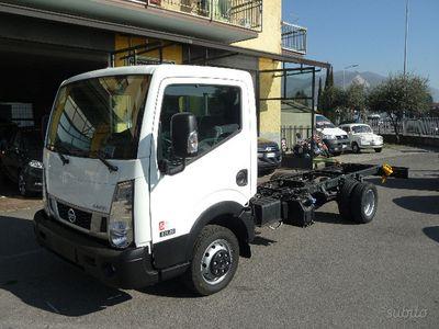 usata Nissan Cabstar Passo 3 NT400 A Telaio Pronta Con
