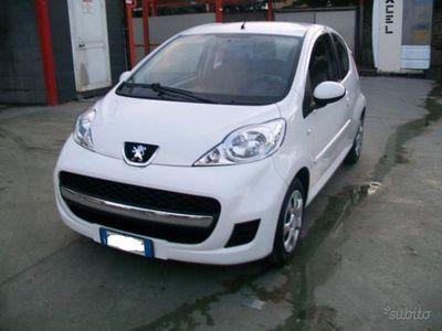 usado Peugeot 107 - 2012