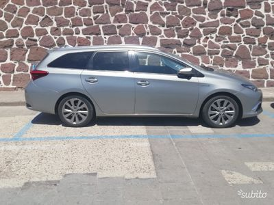 brugt Toyota Auris Hybrid 1.8 Hybrid 5 porte Lounge