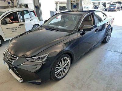 usata Lexus IS300h Luxury Autom. 4 PORTE BERLINA