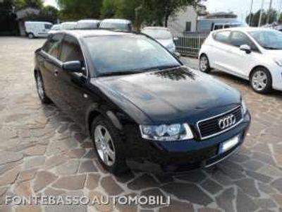 usata Audi A4 3.0 V6 30V quattro Benzina