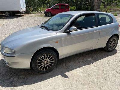 usata Alfa Romeo 147 1.6i 16V T.S. (105 CV) cat 3p. Connect