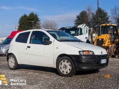 usata Fiat Punto 1.9 diesel 5 porte ELX