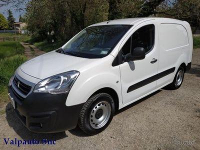 usado Peugeot Partner BlueHDi 100 L2 Furgone Premium CAM