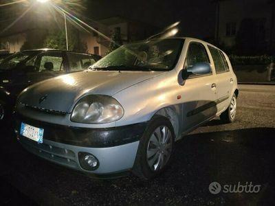 usata Renault Clio 1.4 cat 5 porte MTV