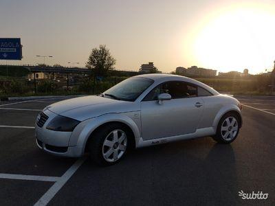 """usata Audi TT 1.8 TURBO 180CV modello """"QUATTRO"""" del 1999"""