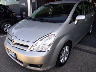 usata Toyota Corolla Verso 2.0 16V D-4D Sol usato