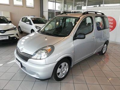 usata Toyota Yaris Verso 1.3 vvti 5 porte
