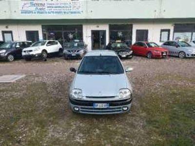 usata Renault Clio 1.2 3 porte rt benzina