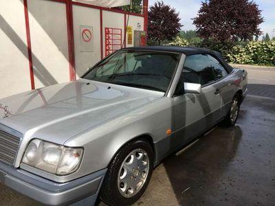 usata Mercedes E200 Ecat Cabriolet
