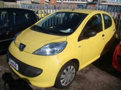 usata Peugeot 107 1.0 68 CV. 3P