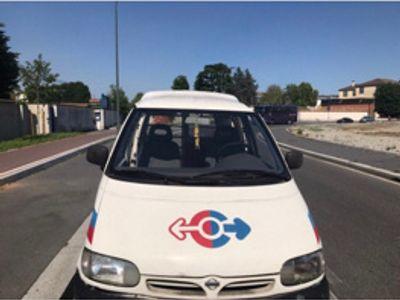 used Nissan Cargo 2.0 diesel Combi 8 lungo