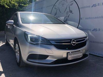 begagnad Opel Astra 1.6 CDTi 110CV Start&Stop 5 porte Advance ITALIANA