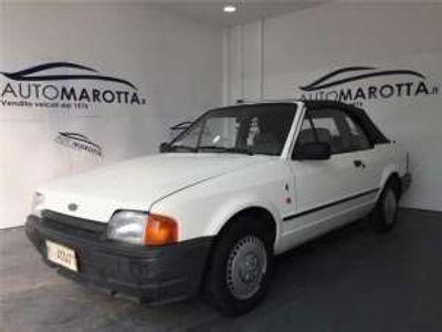 usata Ford Escort Cabriolet 1400 BENZINA FERMA DAL 1996 LEGGI SOTTO