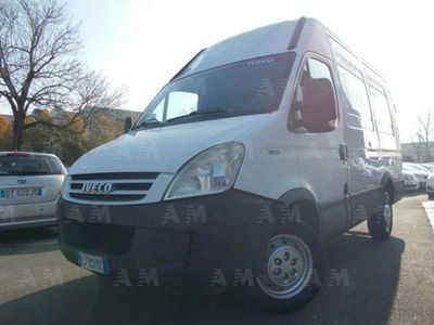 usata Iveco Daily 29L12VP 2.3Hpi PC-TM Minivan L