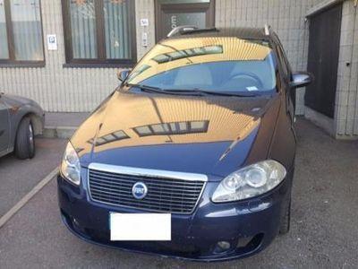 gebraucht Fiat Croma 2.4 Multijet 20V aut. Must