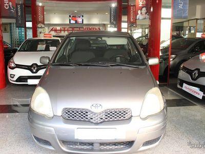 usata Toyota Yaris 1.0i 16V cat 3 porte SOL CLIMA