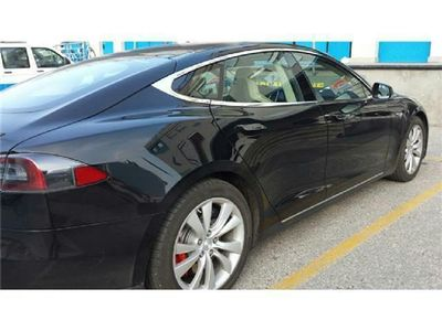 usata Tesla Model S MODEL S85kWh Base