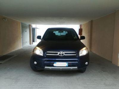 usata Toyota RAV4 crossover sol 2.2 d4d 136cv
