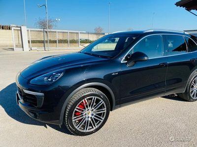 usata Porsche Cayenne S 4.2 DIESEL 5 PORTE FULL 2015