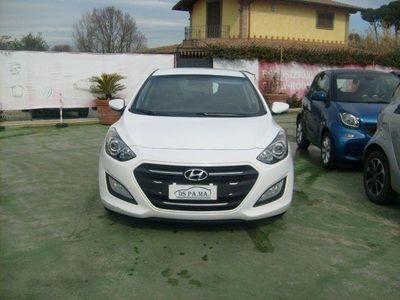 gebraucht Hyundai i30 1.6 CRDi 5p. Go!