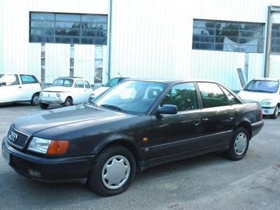 second-hand Audi 100 2.0 E cat