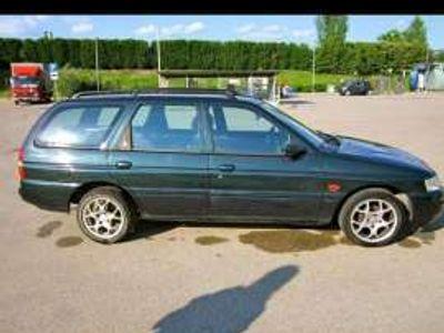 usata Ford Escort 1.6i 16V cat Station Wagon Ghia