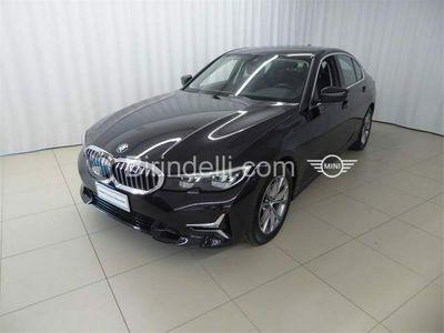 usata BMW 320 Serie 3 d Luxury del 2019 usata a Vinci