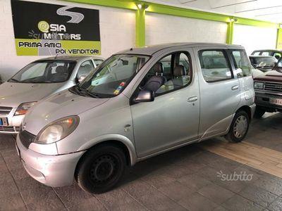 käytetty Toyota Yaris Verso 1.4 d4-d