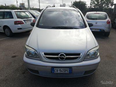 usado Opel Zafira - 2005 1.6 B/ METANO 7 POSTI