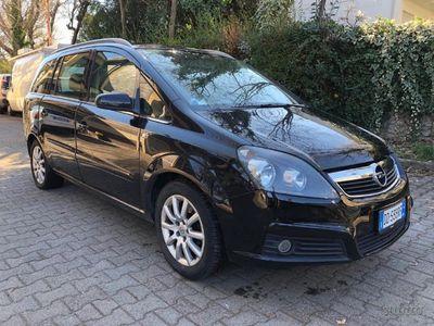 usata Opel Zafira 2ª serie - 2006 1.9cdti 88kW 7 POSTI