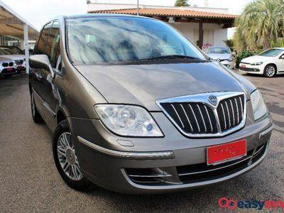usado Lancia Phedra 2.0 mjt 120 cv autocarro n1 oro plus diesel